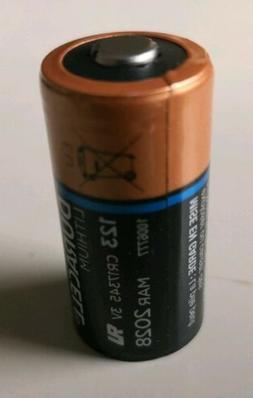 40 x Duracell 123 CR17345 Lithium battery 3V EXP:  MAR 2028