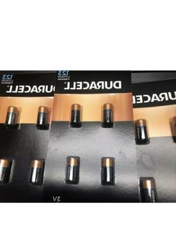 Pack of 4 Duracell DL123A Lithium Battery CR123A, 4 Count Ba