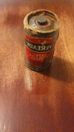 Vintage #950  Eveready D Cell Battery~Put in Service Before-